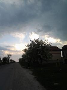 Munci agricole în ajun de Paști; fotografiile mele; diverse; Chișinău; 29.04.2013; publicat de Bot Eugen. 05.05.2013; 06:12