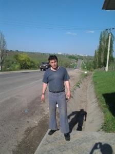Munci agricole în ajun de Paști; fotografiile mele; diverse; Chișinău; 29.04.2013; publicat de Bot Eugen. 05.05.2013; 05:40