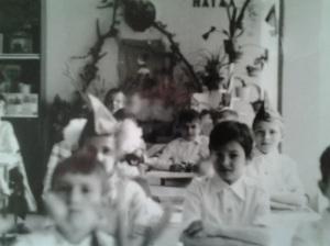 Copilul blond din mine, văzut în alb și negru; fotografiile mele; Chișinău, Buiucani, școala 25, 22.04.1984; primirea în pioneri fotografii din altă epocă; publicat de Bot Eugen. Chișinău; 23.03.2014; 16:45