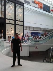 Mega Mall  în Pantelimon ; fotografie de Elena Bot; diverse; 14.06.2015; 15:30-19:00; șoseaua Pantelimon 302; sectorul 2; București. publicat de Bot Eugen. 21:22