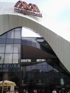 Mega Mall în Pantelimon ; fotografiile mele; diverse; 14.06.2015; 15:30-19:00; șoseaua Pantelimon 302; sectorul 2; București. publicat de Bot Eugen. 21:04.
