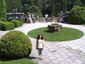 Muzeul Peleș și castelul Pelișor; Sinaia; 03.07.2015; 12-17; Diverse; Fotografiile mele; publicat de Bot Eugen. strada Lunii, Brașov; 04.07.2015; 03:05