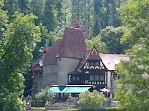 Muzeul Peleș și castelul Pelișor; Sinaia; 03.07.2015; 12-17; Diverse; Fotografiile mele; publicat de Bot Eugen. strada Lunii, Brașov; 04.07.2015; 02:19