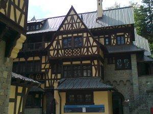 Muzeul Peleș și castelul Pelișor; Sinaia; 03.07.2015; 12-17; Diverse; Fotografiile mele; publicat de Bot Eugen. strada Lunii, Brașov; 04.07.2015; 02:23
