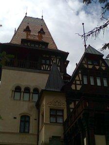 Muzeul Peleș și castelul Pelișor; Sinaia; 03.07.2015; 12-17; Diverse; Fotografiile mele; publicat de Bot Eugen. strada Lunii, Brașov; 04.07.2015; 02:26