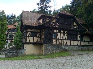 Muzeul Peleș și castelul Pelișor; Sinaia; 03.07.2015; 12-17; Diverse; Fotografiile mele; publicat de Bot Eugen. strada Lunii, Brașov; 04.07.2015; 02:27