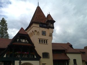 Muzeul Peleș și castelul Pelișor; Sinaia; 03.07.2015; 12-17; Diverse; Fotografiile mele; publicat de Bot Eugen. strada Lunii, Brașov; 04.07.2015; 02:31