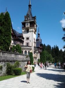 Muzeul Peleș și castelul Pelișor; Sinaia; 03.07.2015; 12-17; Diverse; Fotografiile mele; publicat de Bot Eugen. strada Lunii, Brașov; 04.07.2015; 02:37