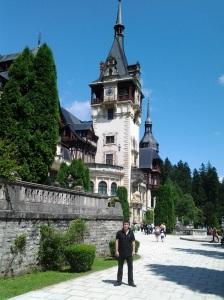 Muzeul Peleș și castelul Pelișor; Sinaia; 03.07.2015; 12-17; Diverse; Fotografiile mele; publicat de Bot Eugen. strada Lunii, Brașov; 04.07.2015; 02:38