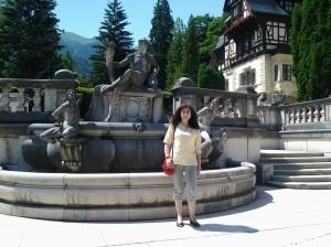 Muzeul Peleș și castelul Pelișor; Sinaia; 03.07.2015; 12-17; Diverse; Fotografiile mele; publicat de Bot Eugen. strada Lunii, Brașov; 04.07.2015; 02:42