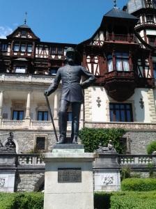 Muzeul Peleș și castelul Pelișor; Sinaia; 03.07.2015; 12-17; Diverse; Fotografiile mele; publicat de Bot Eugen. strada Lunii, Brașov; 04.07.2015; 02:46