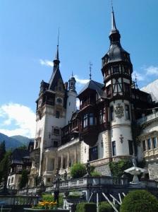 Muzeul Peleș și castelul Pelișor; Sinaia; 03.07.2015; 12-17; Diverse; Fotografiile mele; publicat de Bot Eugen. strada Lunii, Brașov; 04.07.2015; 02:49