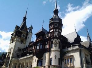 Muzeul Peleș și castelul Pelișor; Sinaia; 03.07.2015; 12-17; Diverse; Fotografiile mele; publicat de Bot Eugen. strada Lunii, Brașov; 04.07.2015; 02:52