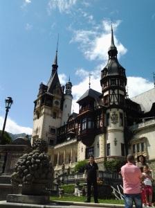 Muzeul Peleș și castelul Pelișor; Sinaia; 03.07.2015; 12-17; Diverse; Fotografie de Elena Bot; publicat de Bot Eugen. strada Lunii, Brașov; 04.07.2015; 02:54