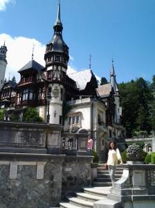 Muzeul Peleș și castelul Pelișor; Sinaia; 03.07.2015; 12-17; Diverse; Fotografiile mele; publicat de Bot Eugen. strada Lunii, Brașov; 04.07.2015; 02:55