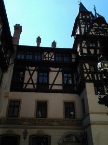 Muzeul Peleș și castelul Pelișor; Sinaia; 03.07.2015; 12-17; Diverse; Fotografiile mele; publicat de Bot Eugen. strada Lunii, Brașov; 04.07.2015; 02:59