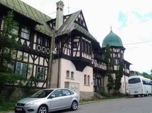 Muzeul Peleș și castelul Pelișor; Sinaia; 03.07.2015; 12-17; Diverse; Fotografiile mele; publicat de Bot Eugen. strada Lunii, Brașov; 04.07.2015; 03:03